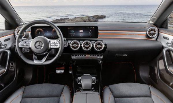 Mercedes-Benz CLA, Edition Orange Art, AMG Line, kosmosschwarz // Mercedes-Benz CLA, Edition Orange Art, AMG Line, cosmos black