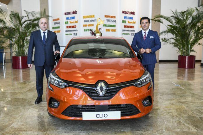 Oyak Renault Genel MüdürüAntoine Aoun ve Renault MAİS Genel Müdürü Berk Çağdaş